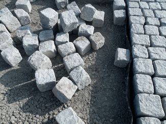Building material: paving stones